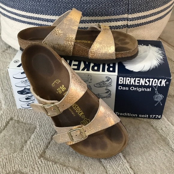 new concept 189d7 305be Birkenstock Sydney Sandals Stardust Gold Size 36